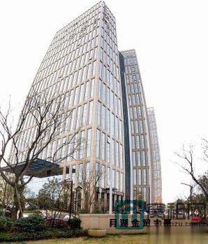 宁波月湖金茂大厦339.8平米办公室出租