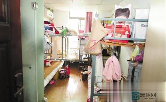 宁波1处写字楼1200平隔出68个房间当单身公寓低价出租