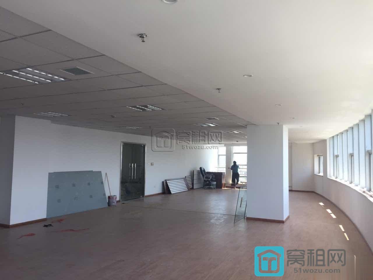宁波百丈东路901号兴业银行大厦精装修240平米出租