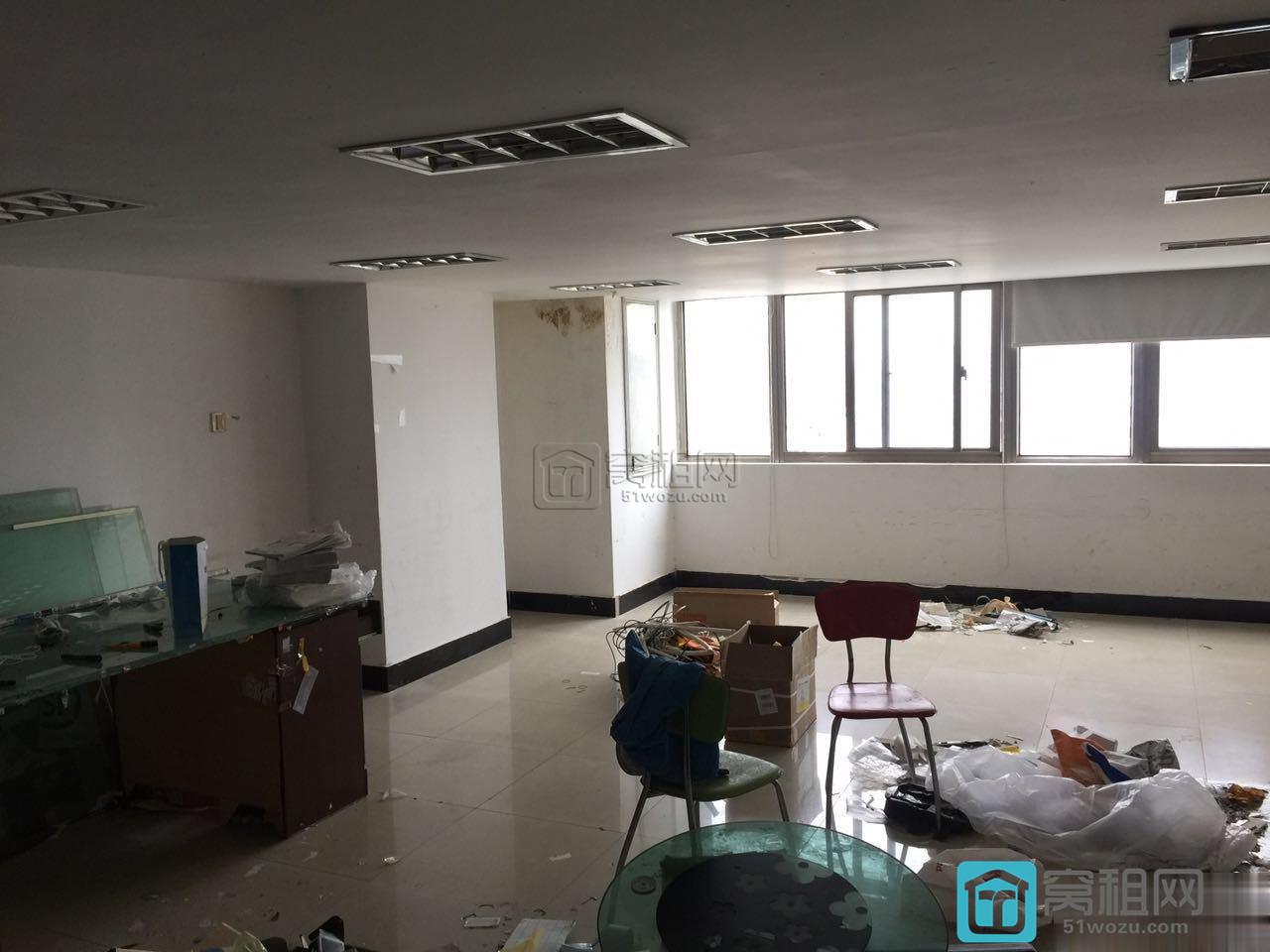 宁波东海曙光大厦108平米复式精装朝南写字楼出租