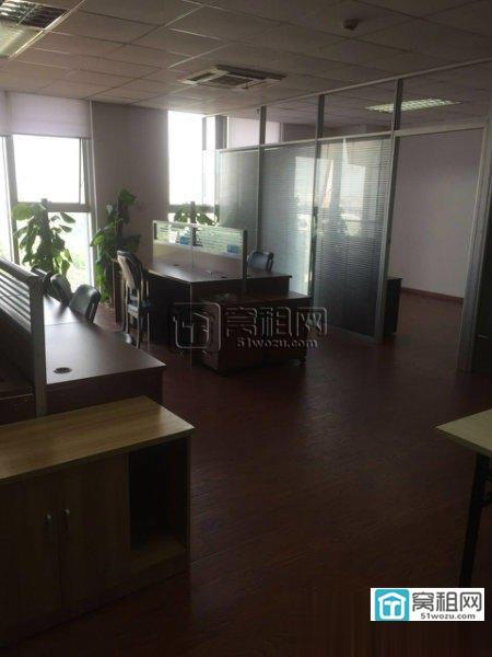 宁波福明路地铁1号线附近银晨国际大厦120平电梯口办公室出租