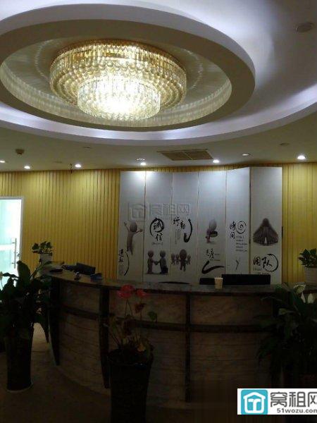 江东COB世纪东方广场350平电梯口位置出租