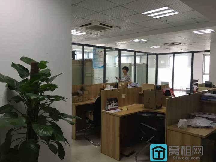 宁波华东城250平精装电梯口12500 元/月出租