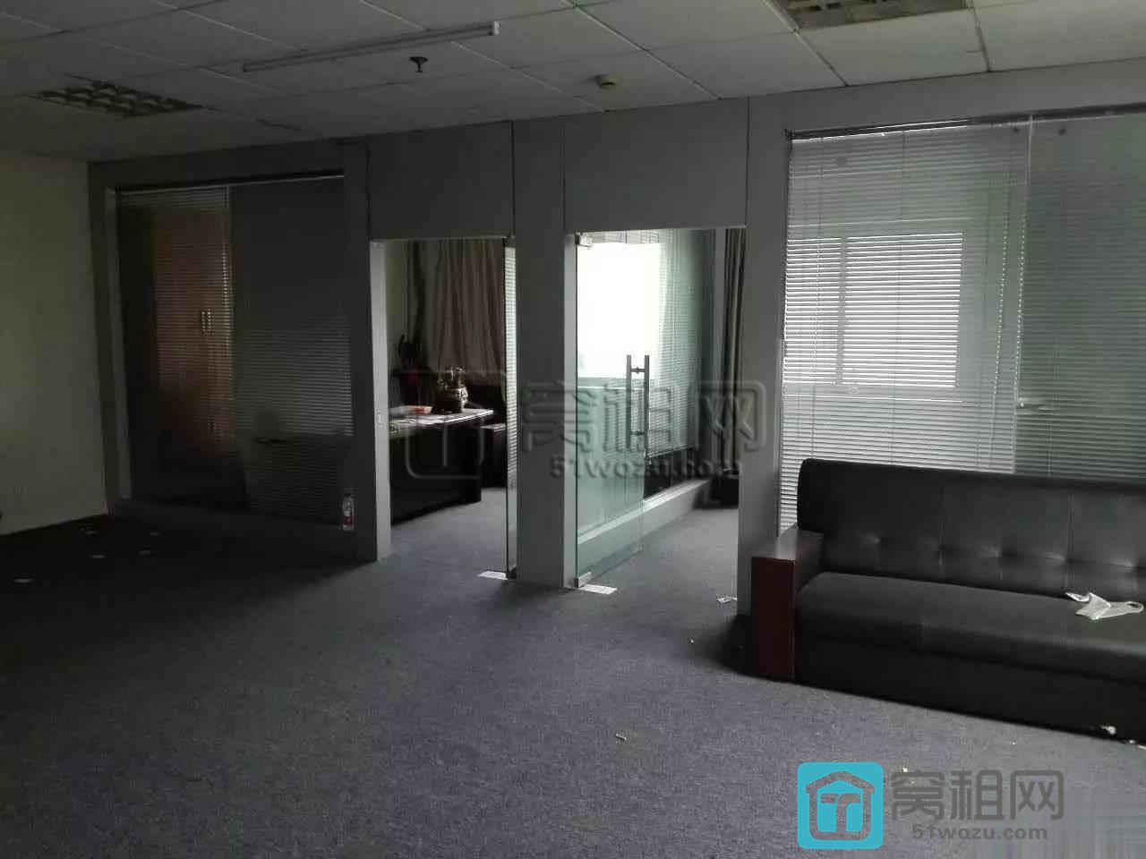 宁波江东兴业银行对面万金大厦双面采光带家具110平米出租