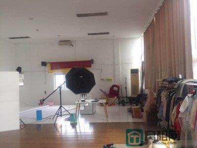 宁波城市广场280平米租金6500元适合婚纱摄影工作室
