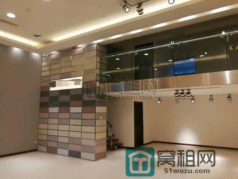 宁波兴业大厦300平朝南带家具出租