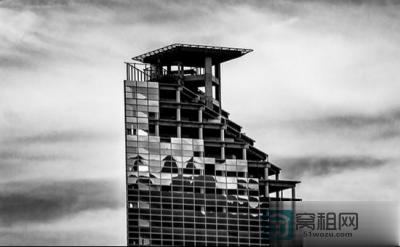 最高端贫民窟:住房高达45层 人均面积几百平