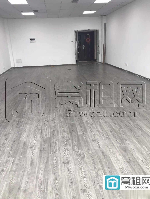 宁波海曙区江厦银座121平精装修朝东办公室出租