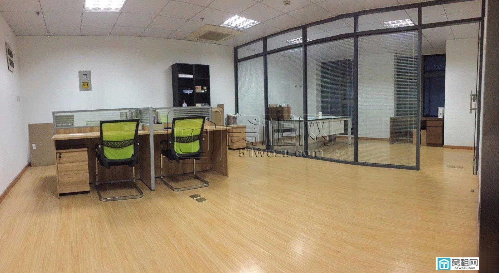 宁波博纳大厦77平米写字楼3500元/月出租带办公家具