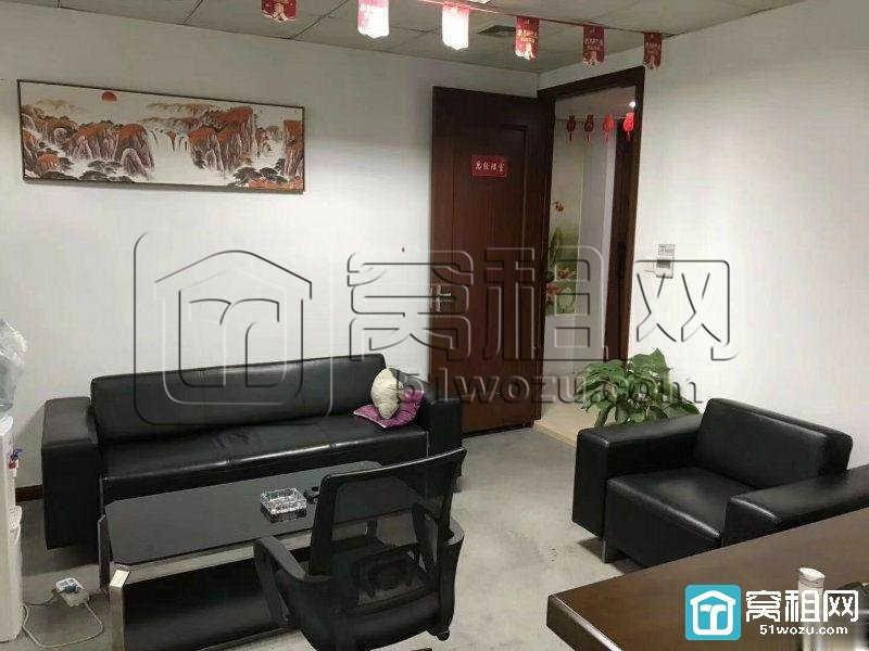 宁波博纳大厦770平米办公室租金1.8元/平米/天朝南电梯口出租