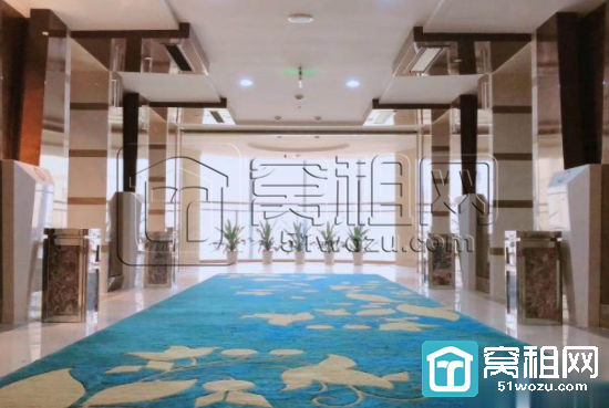 东部新城国际金融中心附近雷迪森酒店式办公130平 带水源停车免费