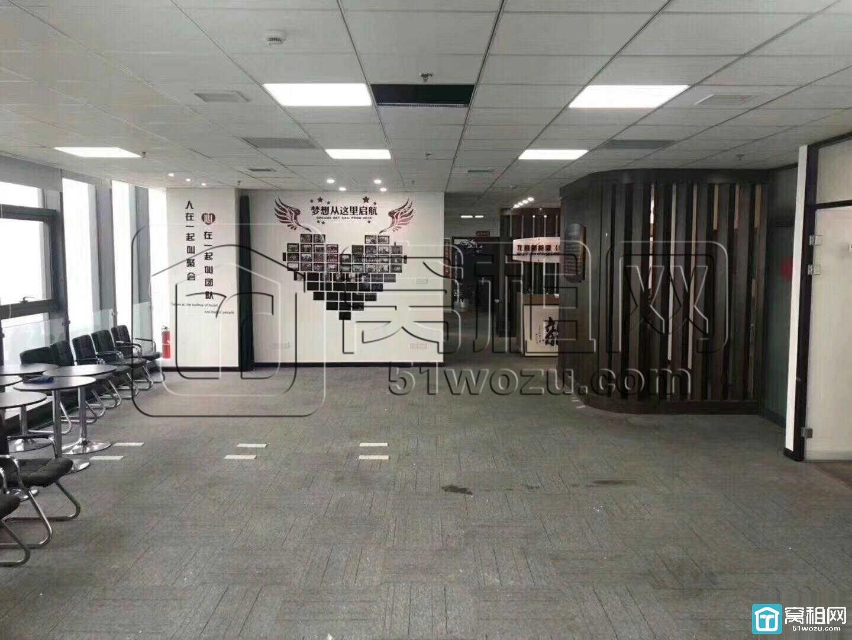 宁波宏泰广场附近金融硅谷园区420平米精装5个隔间办公室出租