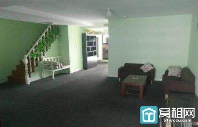 宁波嘉汇国贸大厦203平复式写字楼出租