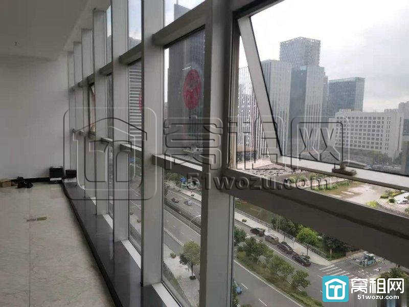 宁波南部商务区迪趣大厦640平落地窗带家具办公室出租
