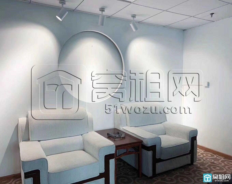 南部商务区 国骅国际大厦 320平豪装 地铁口出租