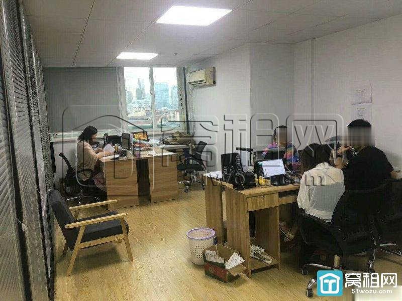 宁波鼓楼地铁口建筑大厦198平新精装带隔间写字楼出租