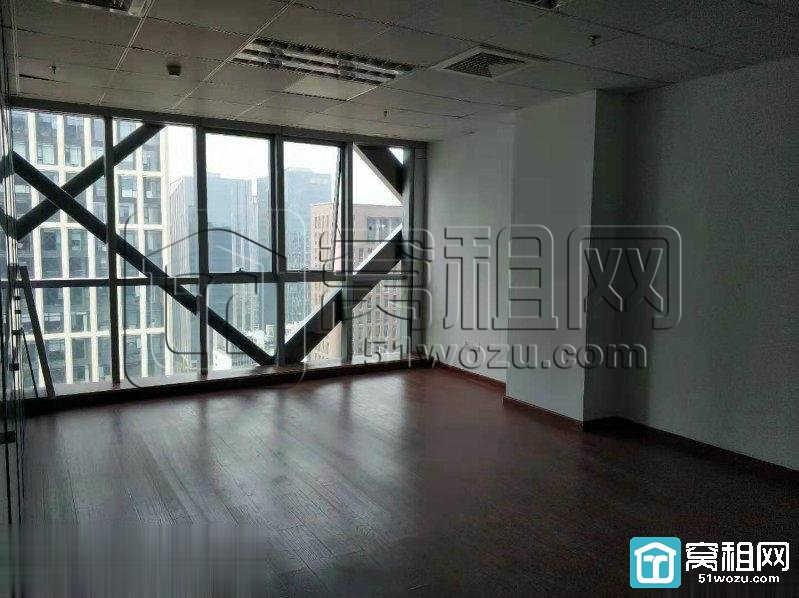 宁波运大厦125平米电梯口一个隔间办公楼出租