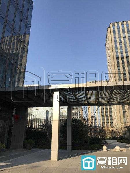 宁波高新区迪信通大厦对面创苑路98号智慧园85平精装 朝南出租