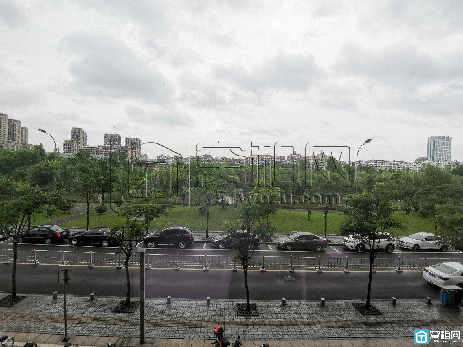 宁波地铁2号线地质大厦175平精装写字楼出租
