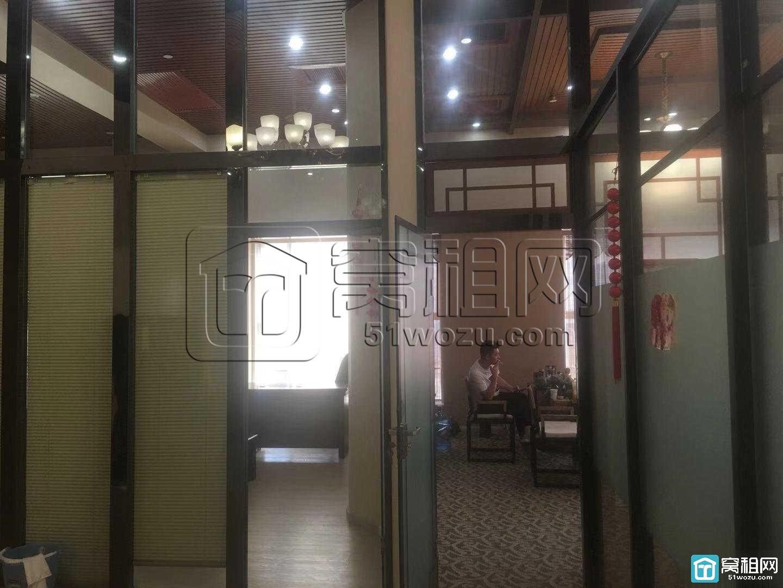 宁波波特曼大厦225平豪华装修带家具落地窗出租