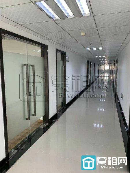 宁波地铁4号线出口东方商务中心55平精装出租
