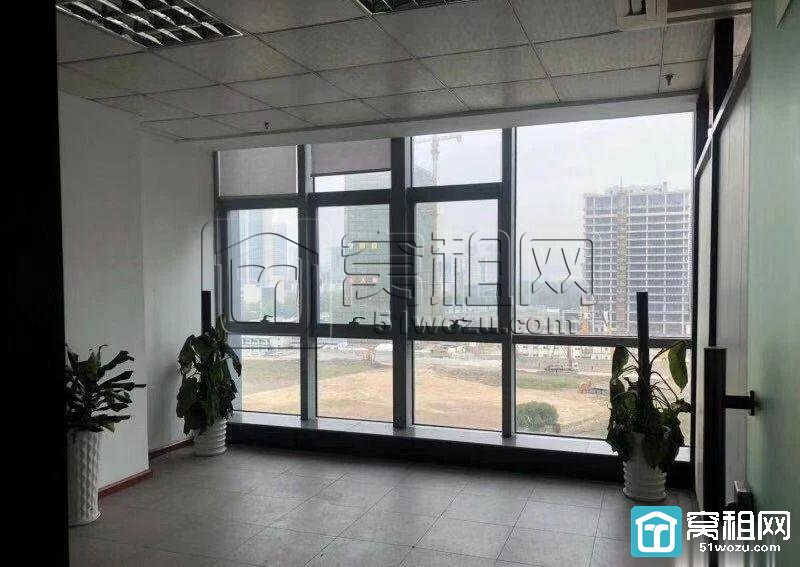 宁波南部商务区地铁口鸿安大厦280平电梯口办公室出租