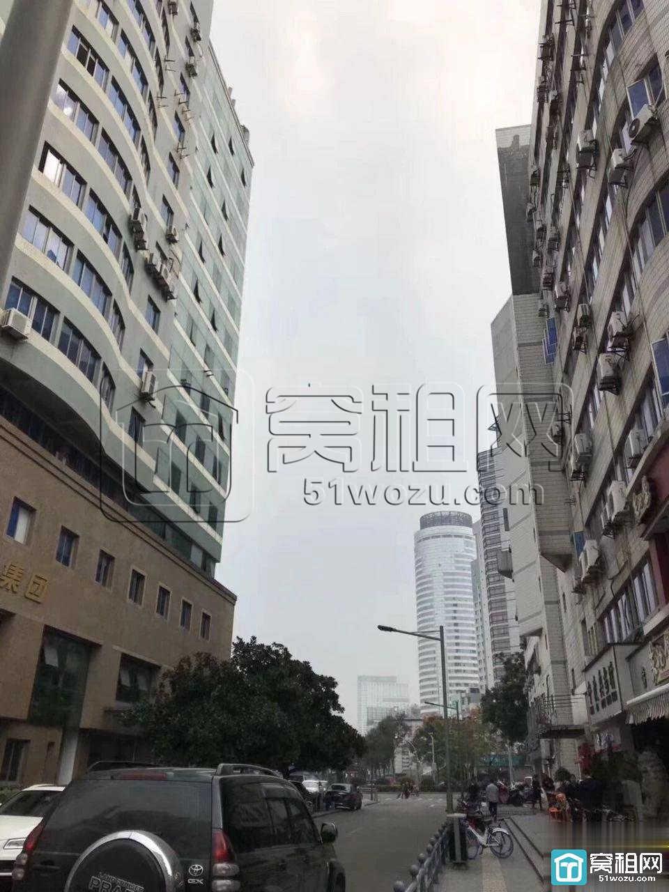 宁波中农信大厦附近苍水大厦办公室出租56平电梯口 特价急租