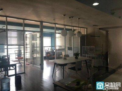 高新区科贸中心温馨装修95平方只要42