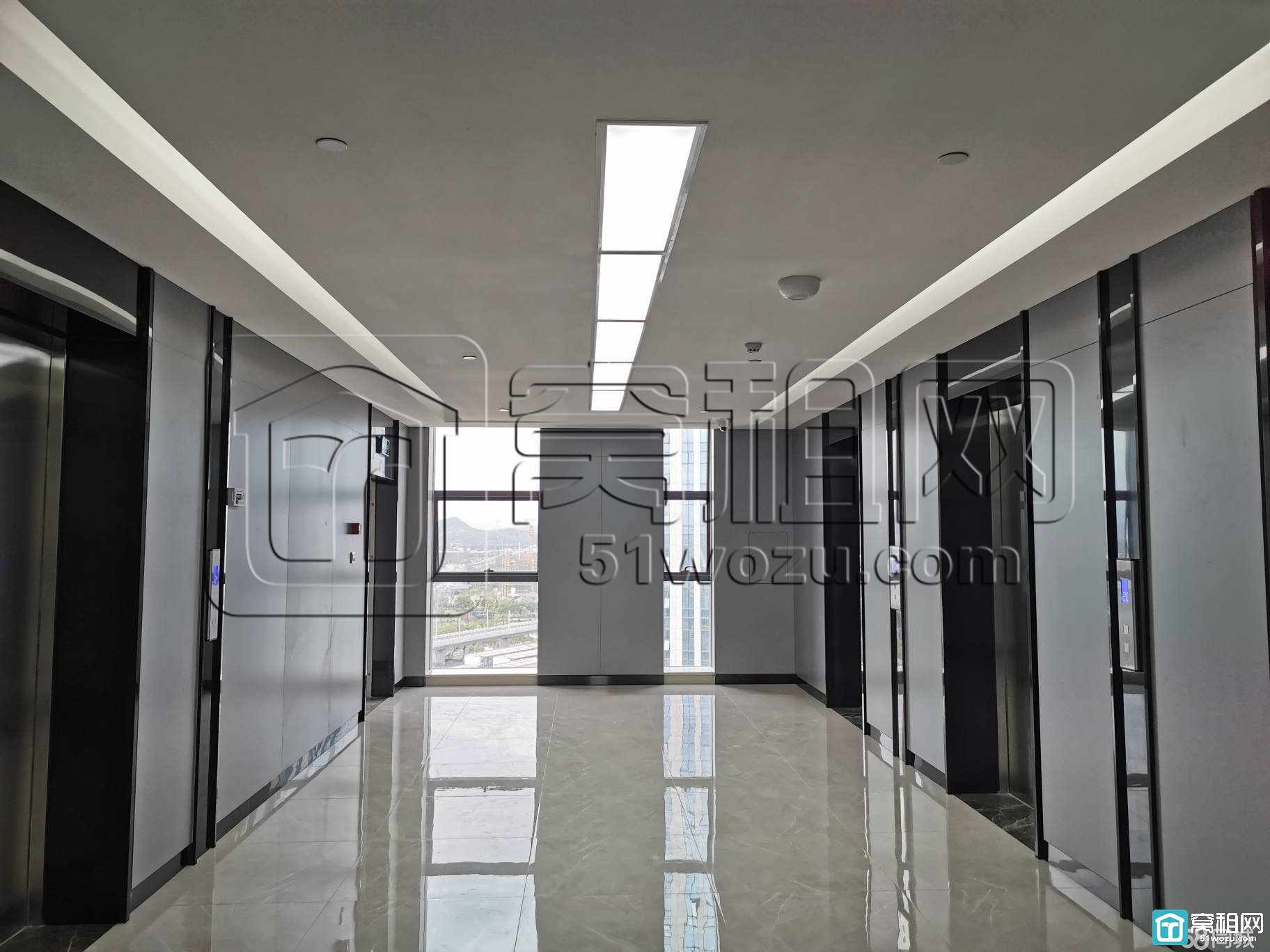 宁波江北北门户燕华大厦西南落地采光181平米办公室招租