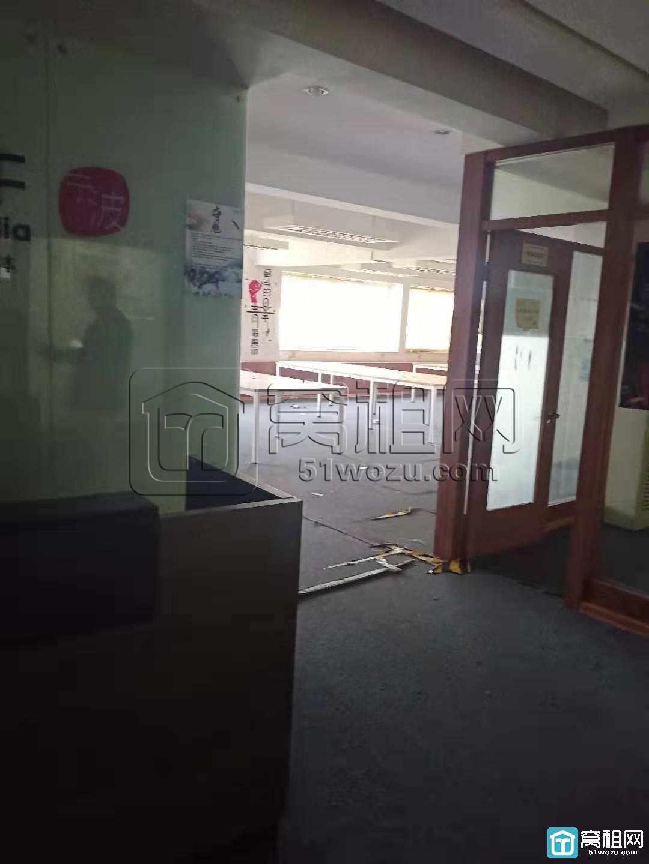 宁波鼓楼对面的写字楼新金穗大楼230平米出租