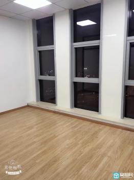宁波洪塘企协大厦朝北65平精装修.带一个隔间可以配家具出租