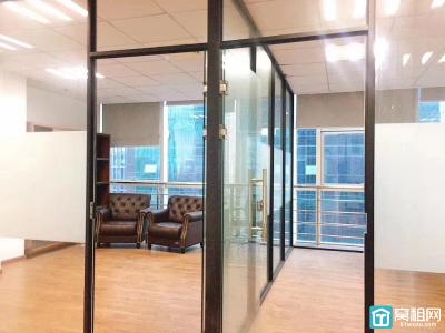 宁波广博丽景电梯口精装170平米写字楼出租