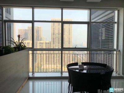 宁波红巨大厦东面华贸总部一号323平米电梯口精装四隔间出租