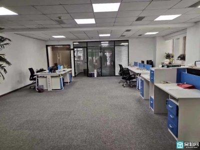 好房推荐:宁波嘉汇国贸全新装修办公室东南朝向出租