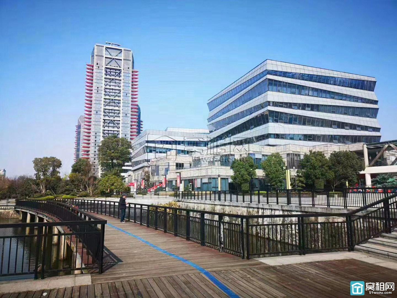 宁波宏泰广场南面恒大智汇湾停车收费