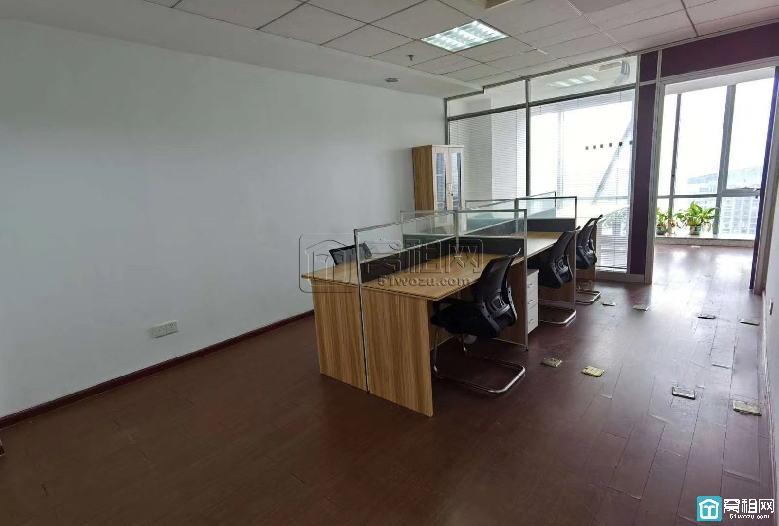 宁波鄞州商会北楼1隔间+全套家具出租