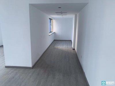 来福士广场附近中远物流大厦75平米朝南办公室出租