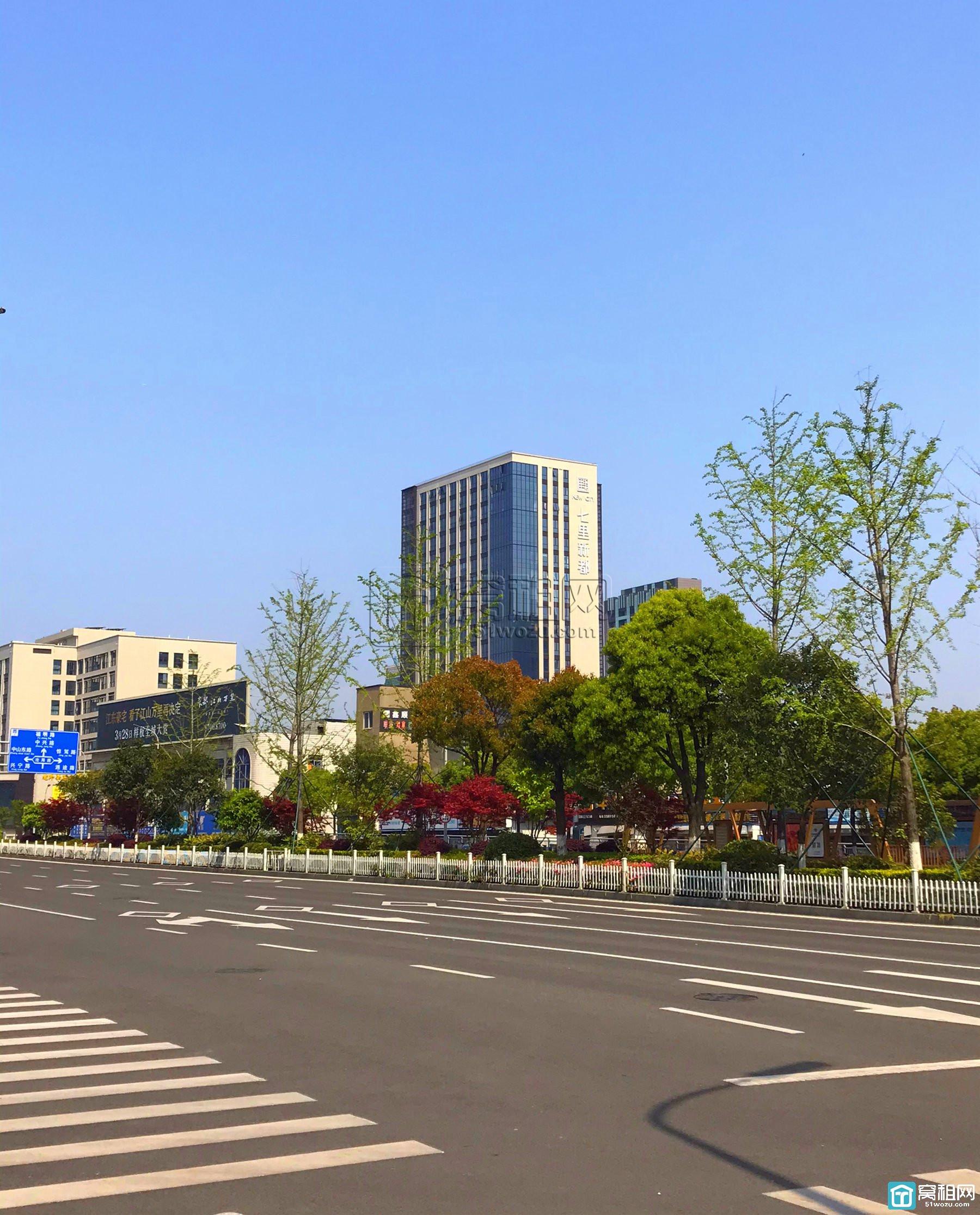 宁波东城国际附近柒里新都停车收费标准