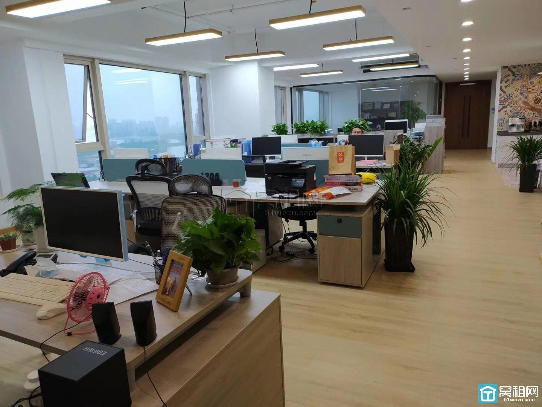 高新区洲际酒店办公室招商面积1000平米