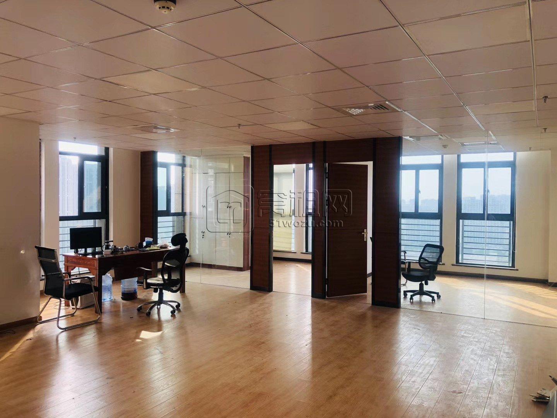高新区翡翠湾165平办公室出租