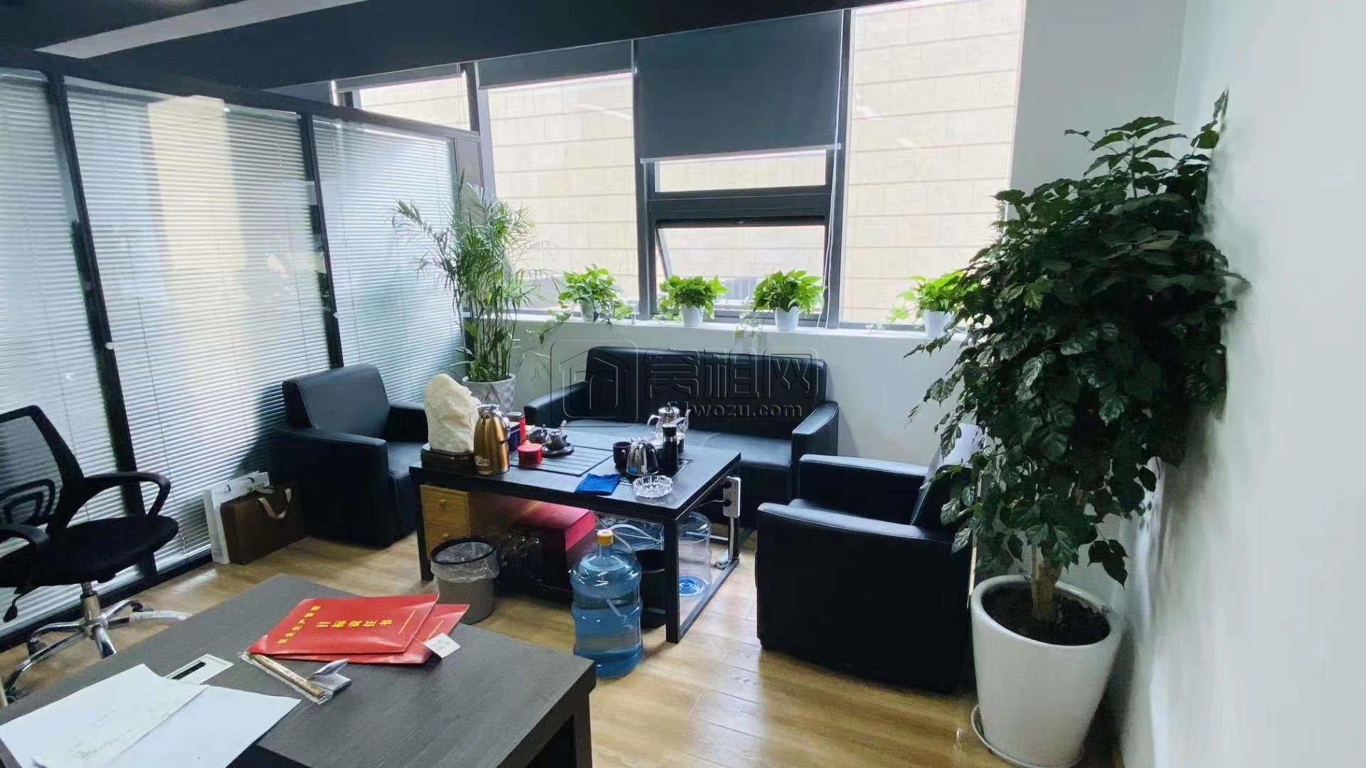 宁波高新区新材料城140平方写字楼出租