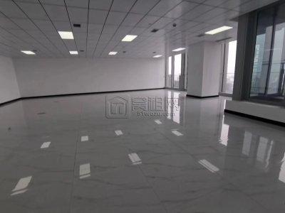 东部国贸中心云顶249平办公室带小阳台出租