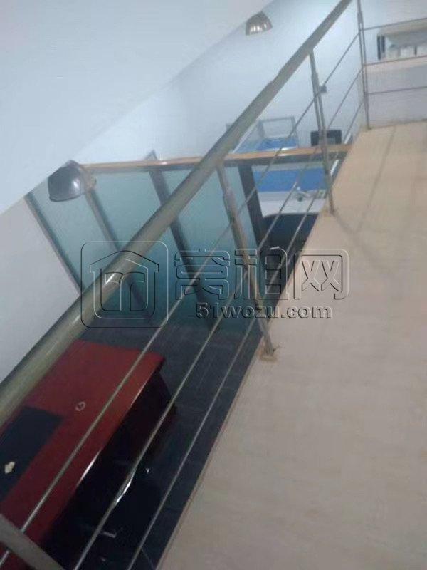 宁波外滩大厦101平低价3200元/月出租