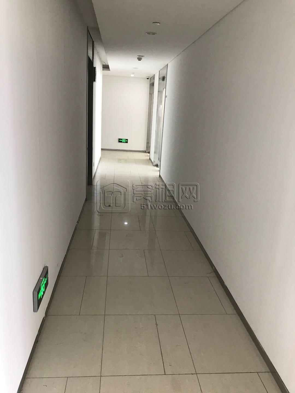 宁波中体Sport城90平米写字楼出租