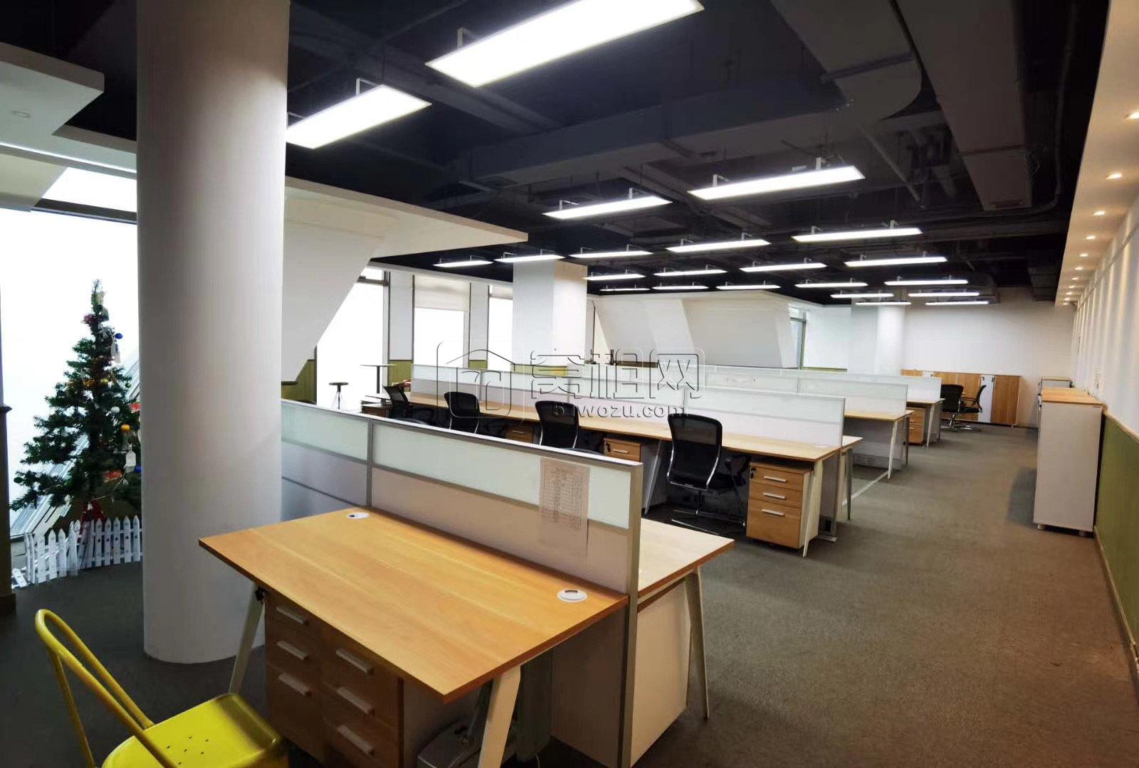 南部商务区地铁口宁波商会国贸中心1300平米豪华装修带家具出租