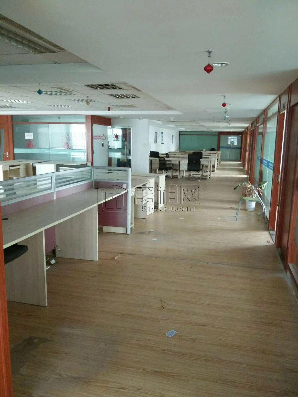 宁波江北老外滩附近外滩大厦660平米办公室出租