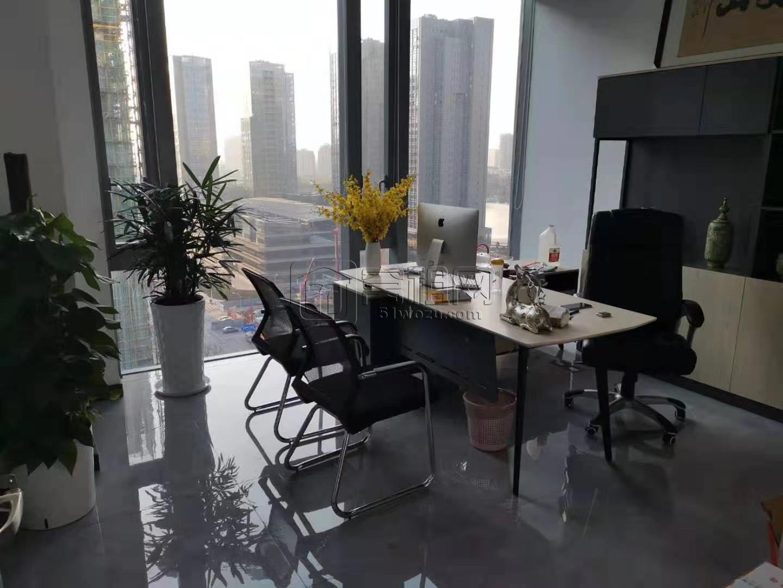 浙商银行大厦一套130平方7500一个月带家具出租
