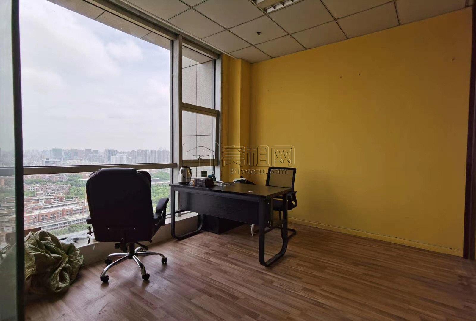 南部商务区附近联安文体大厦97平米出租1.5元含税办公室