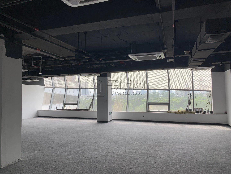 宏泰广场对面智汇湾265平米办公室转租