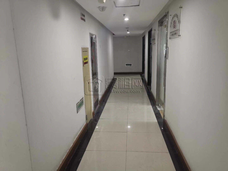 宁波徽商银行楼上包商大厦A座50平办公室2300元出租